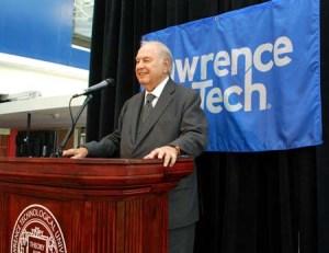 taubman_podium_web